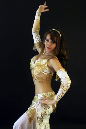 white gold bella